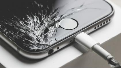 Нужно ли защитное стекло на телефон, какие виды бывают и как правильно выбрать